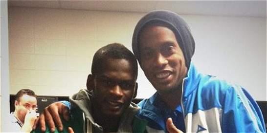 Carlos Darwin Quintero gana el mismo salario de Ronaldinho en México