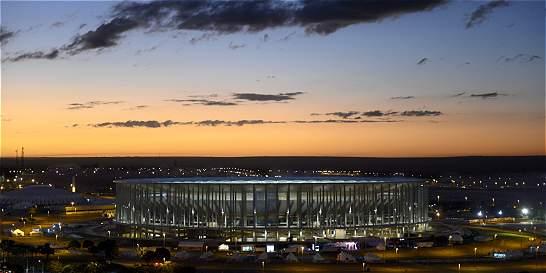 Estadio de Brasilia, sede del Mundial-2014, es usado como parqueadero