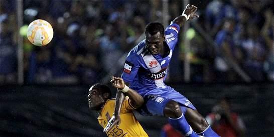 Miller Bolaños le dio la ventaja a Emelec sobre Tigres en la Copa