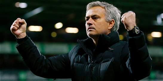 José Mourinho fue nombrado el mejor entrenador de la Premier League