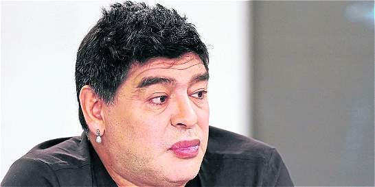 Maradona disfruta el escándalo de corrupción de la Fifa