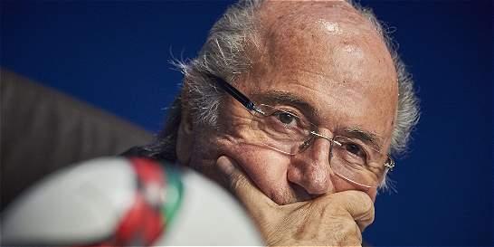El Parlamento europeo pidió la salida inmediata de Blatter de la Fifa