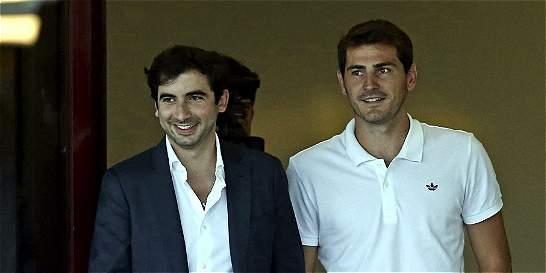 Iker Casillas llegó a Oporto: vestirá la camiseta número 12