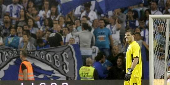 Casillas debutó con el Porto que ganó 3-0 en su primer partido de Liga