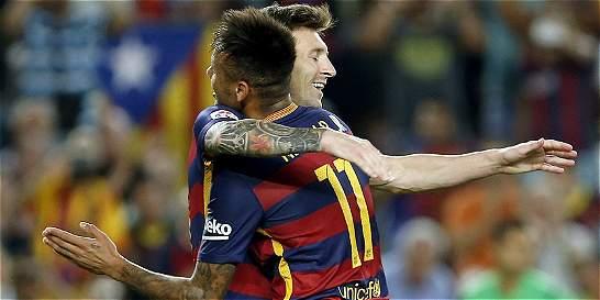Barcelona venció 4-1 al Levante y sigue de líder de la Liga