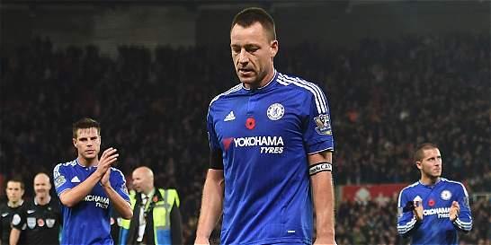 Mourinho no encuentra solución al Chelsea: cayó 1-0 con el Stoke City