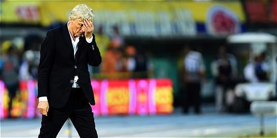 'Argentina aprovechó nuestras falencias y manejó el partido': Pékerman