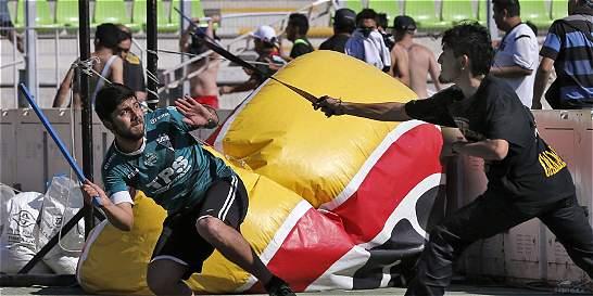 Título de Colo Colo se vio empañado por una brutal pelea de hinchas