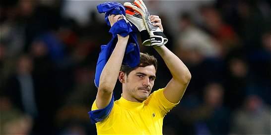 Luego de 16 años en la élite, Casillas debutará en la Liga de Europa