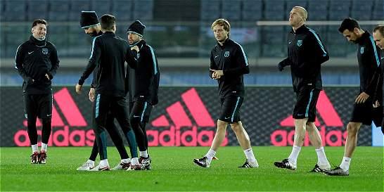 Barça inicia su camino para completar cinco títulos en 2015