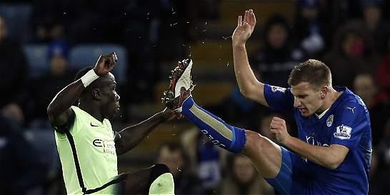Leicester empató 0-0 con el City e igualó los puntos del líder Arsenal