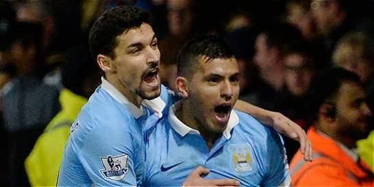Manchester City no se aleja de la punta, venció 1-2 a Watford