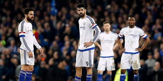Chelsea perdió 2-0 con Everton y quedó eliminado de la FA Cup