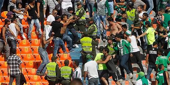 Detienen en Lima a 26 seguidores de Nacional por disturbios y robos
