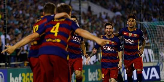 Barça no brilló, pero venció a Betis y sigue en el liderato de la Liga