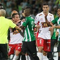 'Tres errores del árbitro desequilibraron el partido': DT de Huracán
