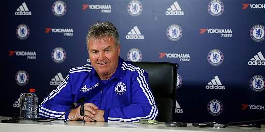 Hiddink reveló que Leicester intentó ficharlo antes que a Ranieri