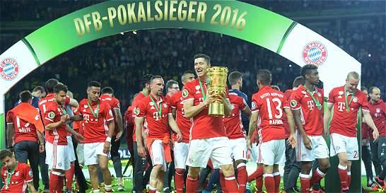 Bayern reconquistó la Copa y Guardiola se despide con el 'doblete'