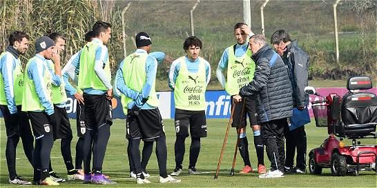 Uruguay retoma los entrenamientos, pendiente de la lesión de Suárez