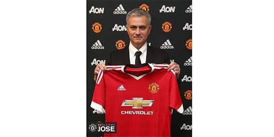 Oficial: José Mourinho es el nuevo técnico del Manchester United