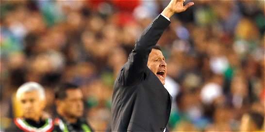 El colombiano Osorio guía el destino de un poderoso México