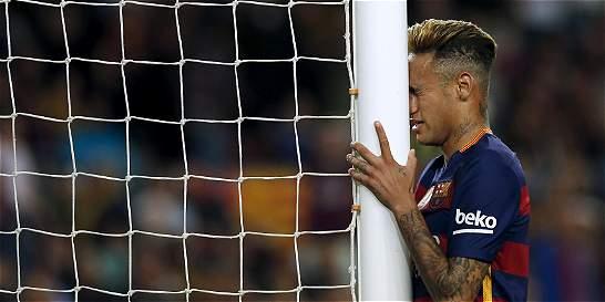 Fiscalía española pide juzgar a Neymar y a su padre por corrupción