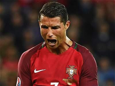 Messi y Cristiano, duelo por el Balón de Oro a kilómetros de distancia