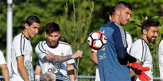 Argentina vs. EE. UU., lucha por el primer cupo a la final de la Copa