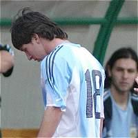 Messi renuncia 10 años, 10 meses y 10 días después de su debut