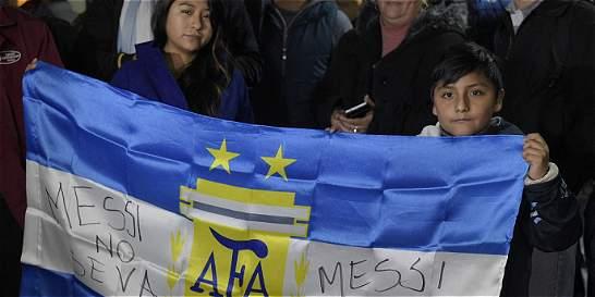 Argentinos, al diván por Messi: de la indiferencia a la reverencia
