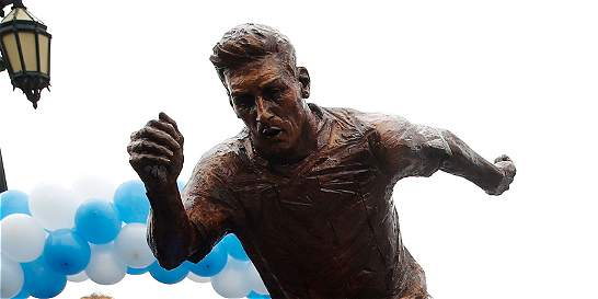 Inauguran una estatua de Lionel Messi en Buenos Aires