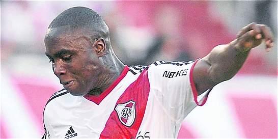 Éder Álvarez Balanta sería nuevo jugador de Basilea
