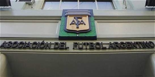 En medio de la crisis, el fútbol argentino aprueba la Superliga