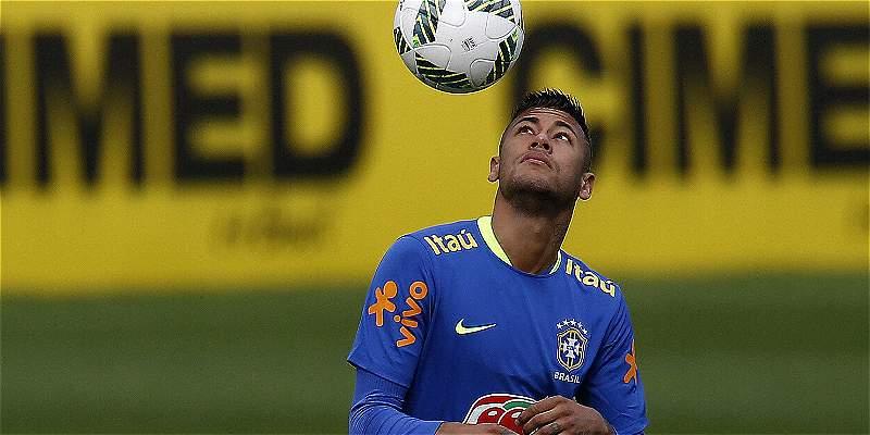 'No soy intocable en la selección y me gusta la juerga': Neymar