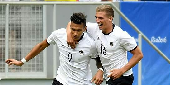 Alemania vapuleó 0-4 a Portugal y pasó a 'semis' del fútbol masculino