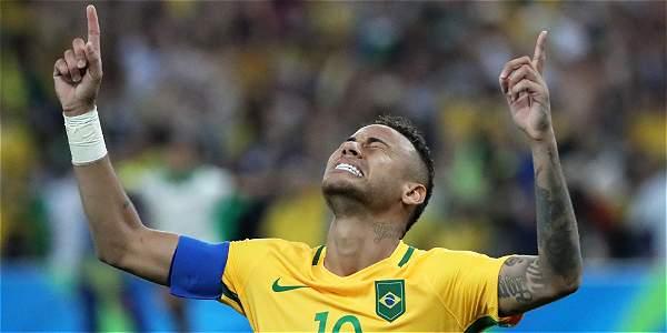 Brasil completa sus vitrinas: oro olímpico en fútbol masculino IMAGEN-16678876-2