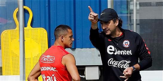 Chile cita a Bravo, Alexis y Vidal para reanudación de eliminatorias