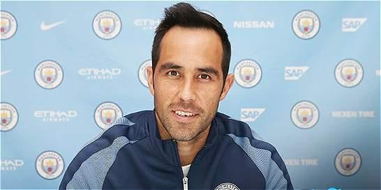 Manchester City oficializó el fichaje del chileno Claudio Bravo