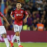 Alavés, con Daniel Torres como titular, derrotó 1-2 al Barcelona