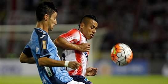 Junior clasificó a octavos de la Suramericana: 1-1 contra Blooming