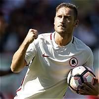 Francesco Totti cumple 40 años: una leyenda vigente del fútbol mundial