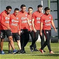 Pizzi completa nómina de Chile para jugar contra Ecuador y Perú