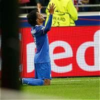 Juan Cuadrado anotó el gol del triunfo de Juventus sobre Lyon