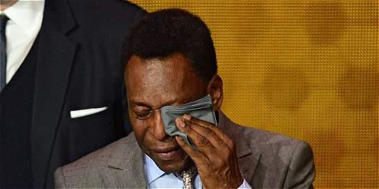 Pelé, 'triste' por la muerte de su 'amigo' y 'hermano' Carlos Alberto