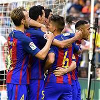 Multa y aviso de cierre al Valencia por el botellazo a Neymar