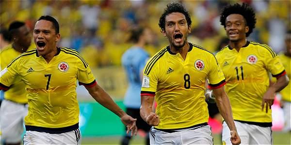 Chile maniató a Colombia y vuelve con punto
