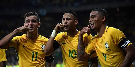 Brasil goleó 3-0 a Argentina y la sigue hundiendo en la eliminatoria