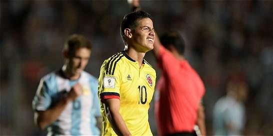 Argentina goleó 3-0 a Colombia y lo dejó, por ahora, fuera del Mundial