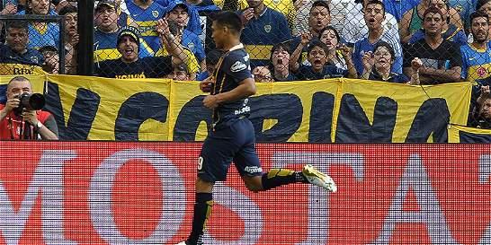Fiscal cita a 'Teo' Gutiérrez por provocar a la afición de Boca
