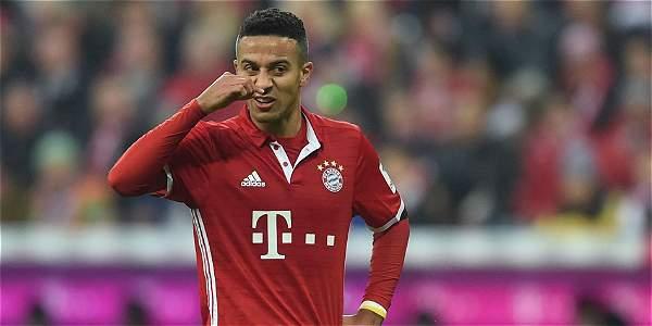 Chicharito no pudo evitar caída del Bayer en Munich